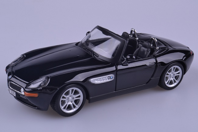 โมเดลรถ โมเดลรถเหล็ก โมเดลรถยนต์ BMW Z8 black 1