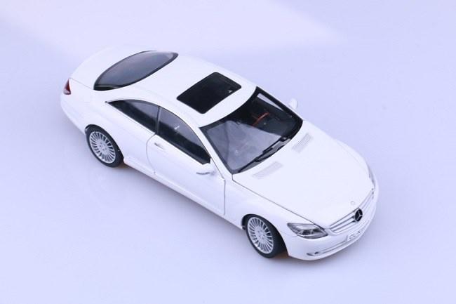 โมเดลรถ โมเดลรถเหล็ก โมเดลรถยนต์ Benz CL Class White 1