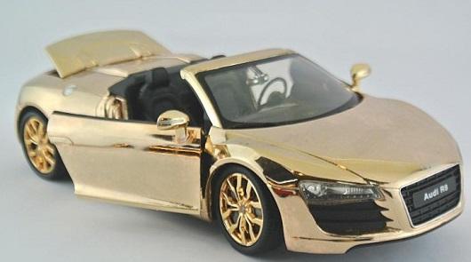 โมเดลรถเหล็ก โมเดลรถยนต์ Audi R8 ทอง 4