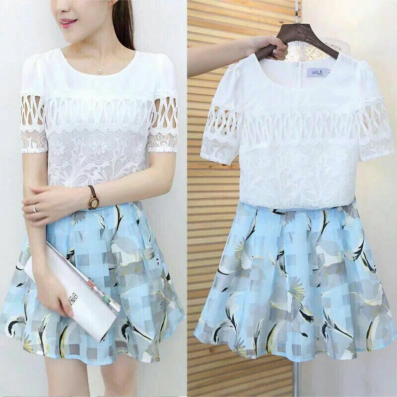 **สินค้าหมด Set_bs1447 Plus Size ชุด 2 ชิ้น(เสื้อ+กระโปรง)แยกชิ้น เสื้อลูกไม้ฉลุสีขาว+กระโปรงเอวสม็อคยางยืดหลังผ้าไหมแก้ว Organza โทนสีฟ้าพาสเทล มีซับในกางเกง งาน Set 2 ชิ้น แมทช์กันได้อย่างลงตัว งานดีแบบสวยน่ารักมาก