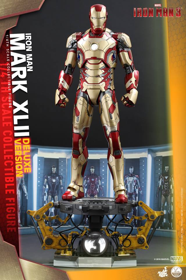 Hot Toys QS008 IRON MAN 3 - MARK XLII (Deluxe Version) 1/4th scale