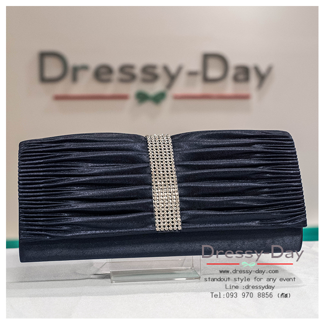 กระเป๋าออกงาน TE025: กระเป๋าออกงานพร้อมส่ง สีน้ำเงิน ดีเทลเพชร สุดหรู ราคาถูกกว่าห้าง ถือออกงาน หรือ สะพายออกงาน สวย หรู ดูดีมากค่ะ