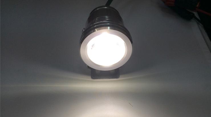 ไฟสปอร์ตไลน์หลอด LED เลนส์โปรเจคเตอร์ กำลังไฟ 10 วัตต์