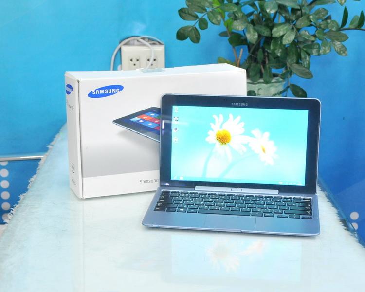 Samsung ATIV Smart PC XE500T1C-H01TH Intel Atom Z2760 1.80GHz. Ram2 SSD 64GB.