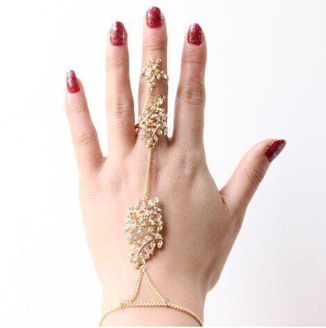 พร้อมส่ง สร้อยข้อมือพร้อมแหวน สไตล์อินเดีย