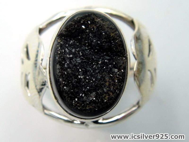 Black Aura Druzy แหวนเงินแท้ 925 (แหวนเบอร์ : 53 , 4.8g )