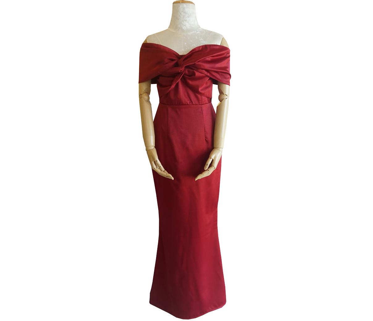 ชุดออกงานยาวสีแดง เปิดไหล่ แต่งโบว์หน้า แนวเรียบๆ สวยหรู ดูดี : พร้อมส่ง S M
