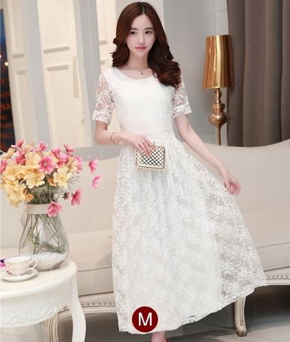 ชุดเดรสออกงานสวยหรูสไตล์เกาหลี สีขาว ผ้าซีทรูปักลายดอกไม้ คอกลม แขนสั้น ซิปข้าง ซับในอย่างดี ไซส์ M