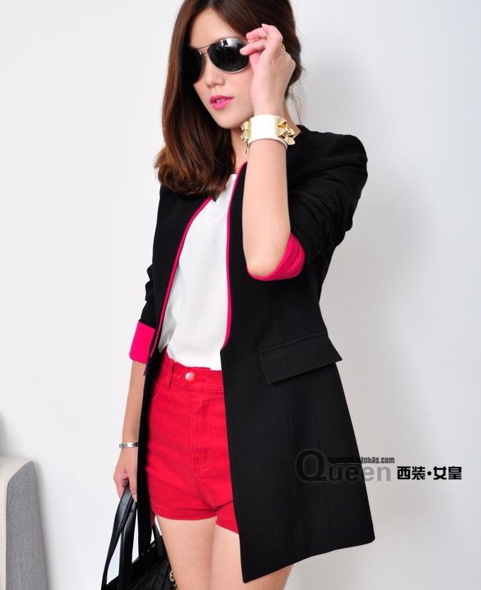 (สินค้าหมด) เสื้อสูทแฟชั่น เสื้อสูทผู้หญิง สีดำ แต่งปลายแขนสีชมพู ตัวยาวคลุมสะโพก
