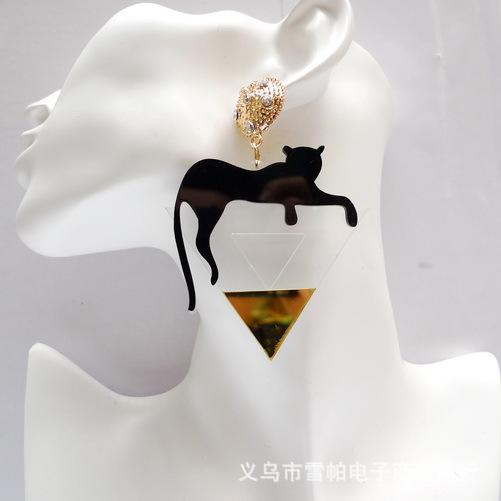 AR2097 - ต่างหูแฟชั่น ต่างหูหนีบ ต่างหูเกาหลี ตุ้มหูแฟชั่น ตุ้มหู ต่างหู เครื่องประดับ leopard alloy big earrings