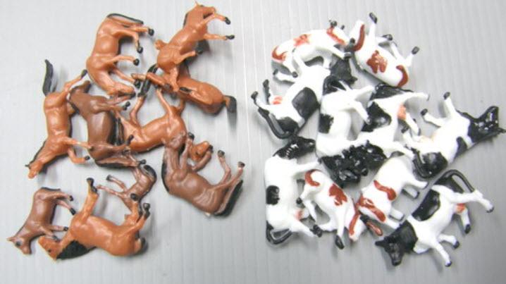 TFG-8714 ม้าและวัว สเกล 1:87 คละแบบ 20 ตัว