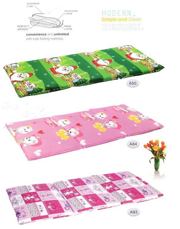 ที่นอนสามตอน ลายการ์ตูน ที่นอนสามตอน ลายดอกไม้ ยี่ห้อ ทิวลิป-Tulipขนาด 3.5ฟุต ราคาถูก ราคาส่ง ราคาโรงงาน หาซื้อ ได้ที่ โรงงานทิวลิป-Tulip เเละ ร้านขายชุดเครื่องนอน ผ้าปูที่นอน
