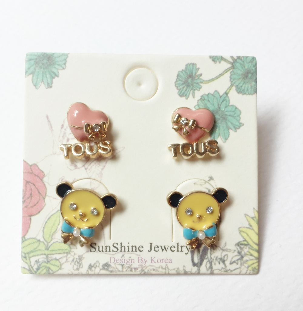 ต่างหูแฟชั่นเกาหลี ราคาถูก set 3 คู่ รูปหัวใจ ตัวหนังสือ หมี