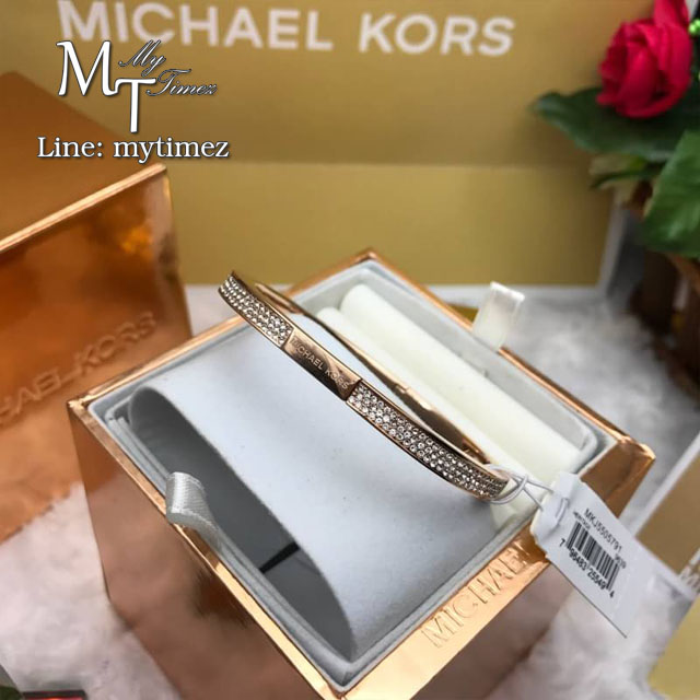 Michael Kors Pave Cushion Hinge Bangle MKJ5505791
