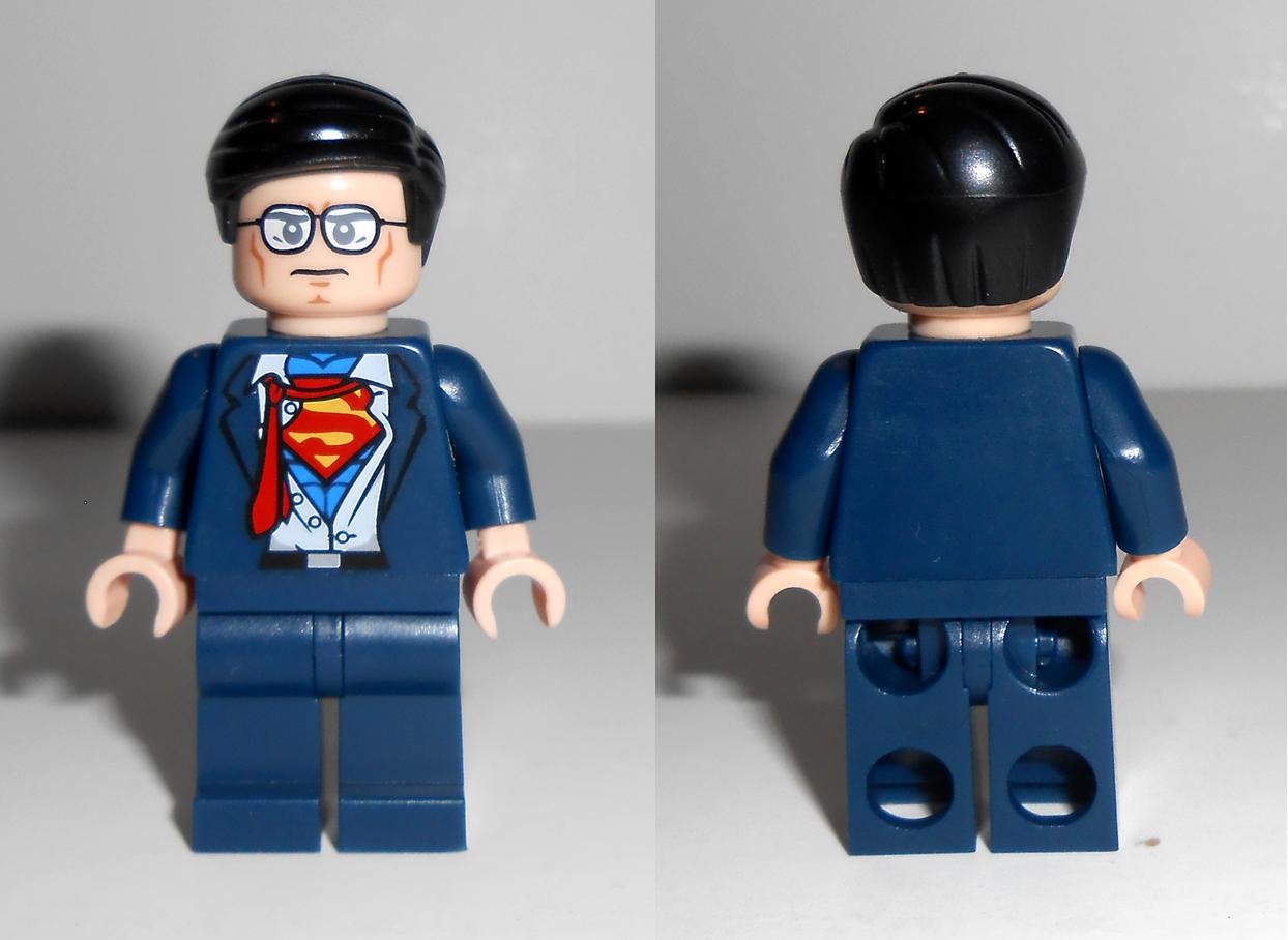 [Pre-Order] Clark Kent / Superman