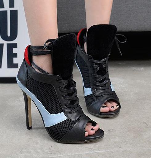 รองเท้าส้นสูง ไซต์ 35-40 สีดำ