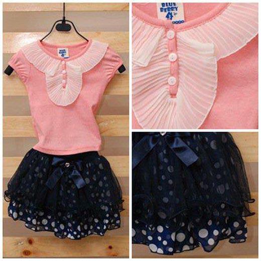 เสื้อยืดสีชมพูประดับระบาย [Korea]