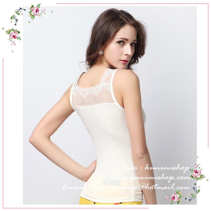 เสื้อซับใน มี 2 สี ดำ ขาว เสื้อซับในเต็มตัว แขนกุด ตบแต่งด้วยผ้าซีทรูสวยเซ็กซี่ สามารถใส่เดี่ยวๆ หรือ มีเสื้อคลุมทับก็สวยดูดีคะ งานคุณภาพอย่างดี สินค้าเหมือนแบบ 100 % ขนาด : FREE SISE ( รอบอกไม่เกิน 36 นิ้วคะ) ผ้า : ผ้าลูกไม้ มี 2 สี : สีขาว , สีดำ * สินค้าเหมือนรูป ถ่ายจากสินค้าจริงคะ *