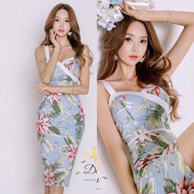 เดรสแฟชั่น เดรสผ้ายืดเกาหลี พิมพ์ลายดอกไม้ โทนสีไม่จัด
