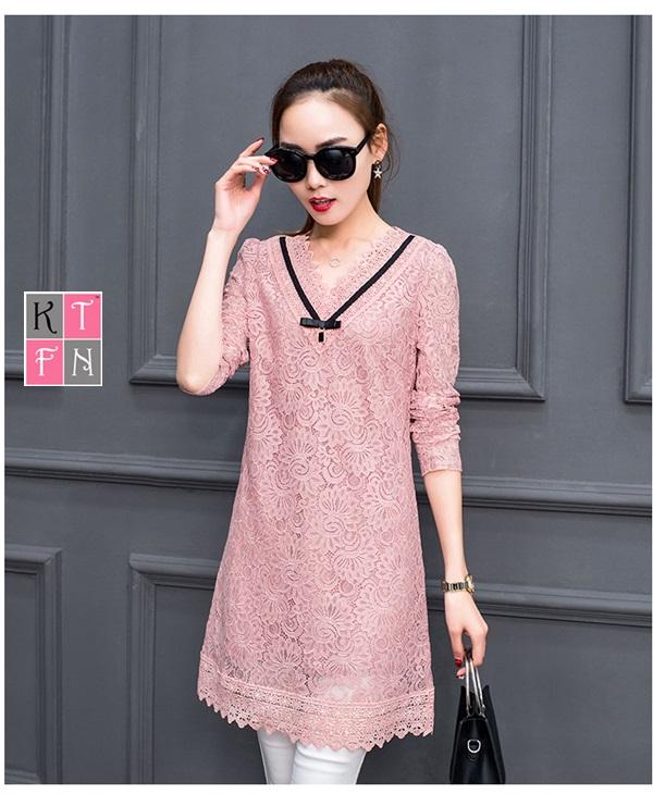 KTFN เดรสแฟชั่นเกาหลี แขนยาวคอวีผ้าลูกไม้ทั้งตัว มีซับใน สีชมพู