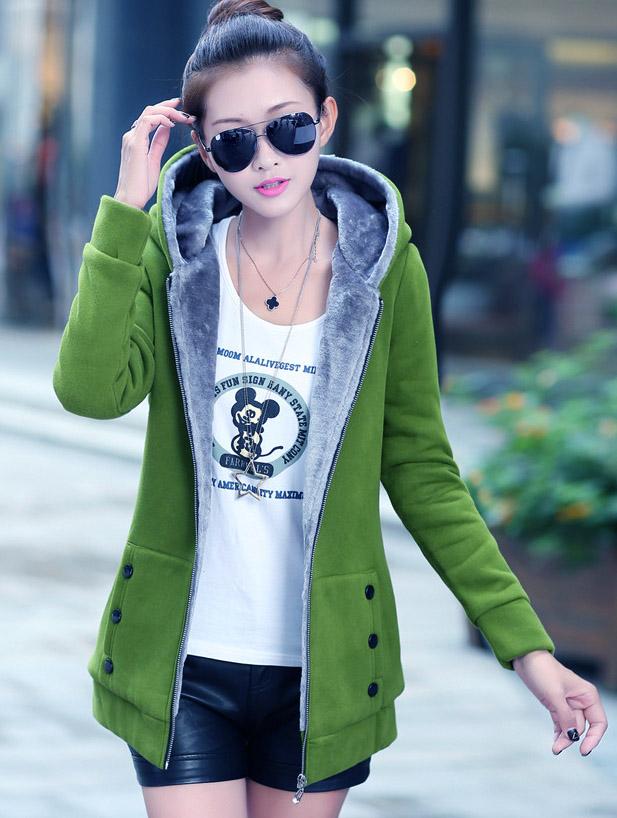 Pre-Order เสื้อโค้ทผู้หญิงแฟชั่น สีเขียว แต่งริมสีเทา มีฮู๊ด บุด้วยขนสัตว์สังเคราะห์นิ่มๆ แขนจั๊ม แฟชั่นเกาหลี