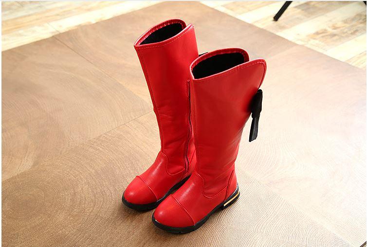 รองเท้าบูทเด็กสีแดง