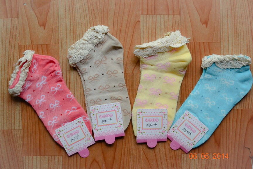 S189 **พร้อมส่ง** (ปลีก+ส่ง) ถุงเท้าแฟชั่นเกาหลี ข้อสั้น ขอบลูกไม้ เนื้อดี งานนำเข้า(Made in china)