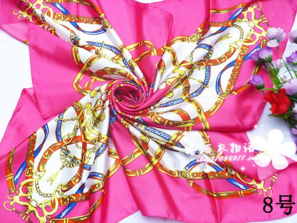 ผ้าพันคอผ้าซาติน ลายจักรรพรรดิสีกุหลาบ